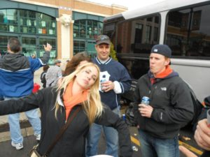 detroit-sports-event-tailgating-party-bus